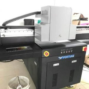 Máy in UV phẳng Fortune 6090